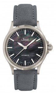 Sinn - 556 I Mother-of-pearl S | 556.0105